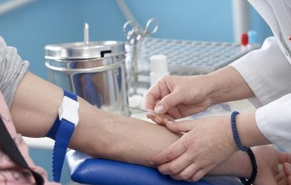 Процесс взятия венозной крови